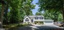 Fabulous renovated home on over 6 acres - 120 CASCADE LN, FREDERICKSBURG