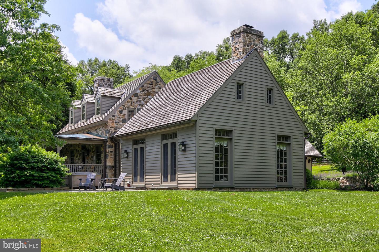Single Family Homes para Venda às Coatesville, Pensilvânia 19320 Estados Unidos