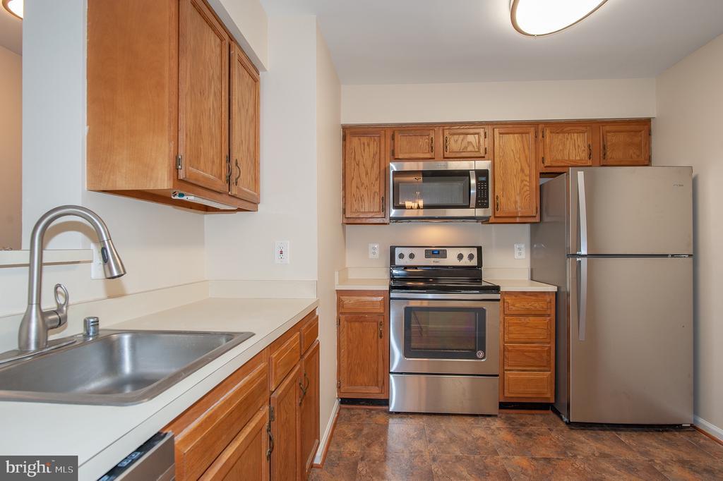 Kitchen - 7509 ASHBY LN #H, ALEXANDRIA