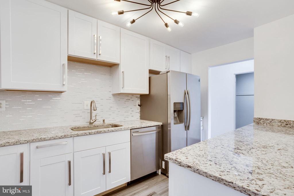Beautiful new updated Kitchen - 2939 VAN NESS ST NW #1017, WASHINGTON