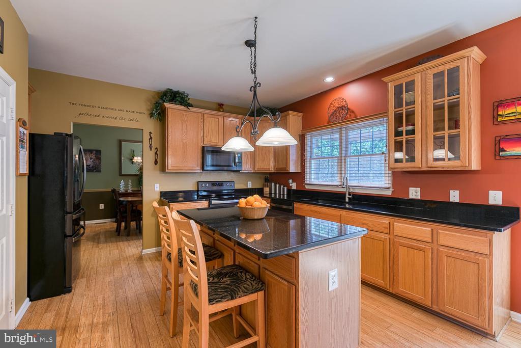 Beautiful kitchen - 26 NEVILLE CT, STAFFORD