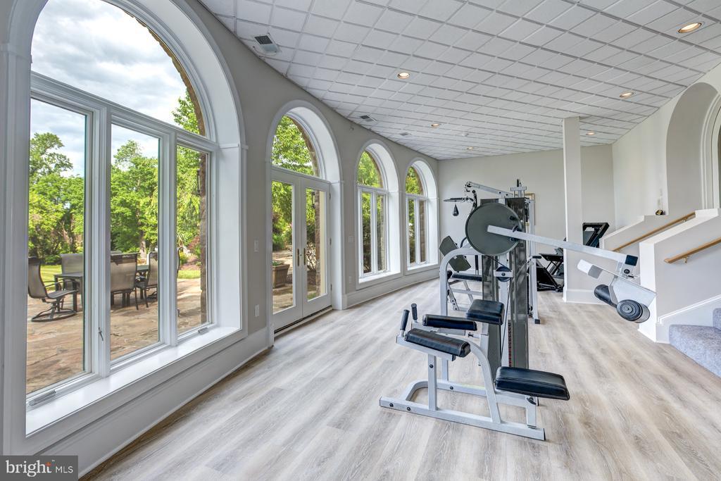 Fitness Center - 8313 PERSIMMON TREE RD, BETHESDA
