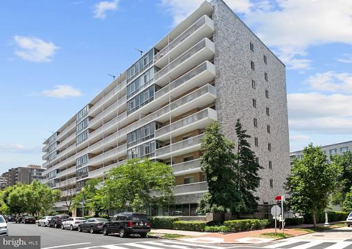 730 24TH ST NW #420/421