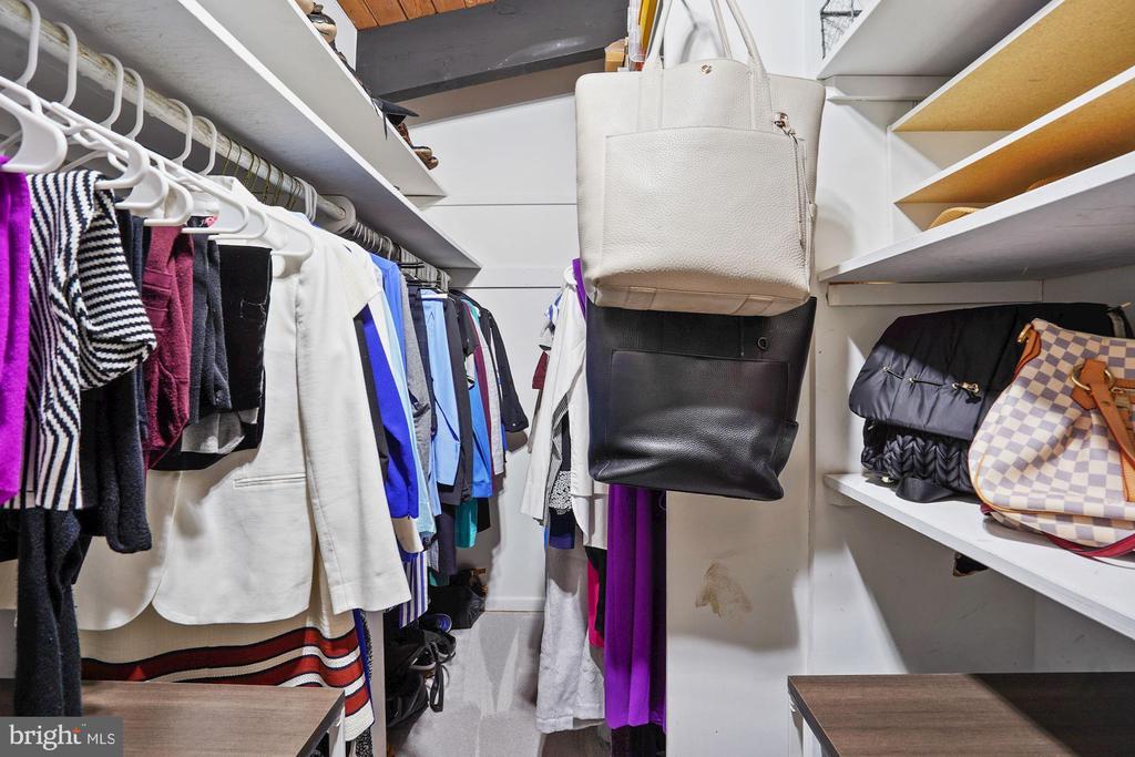 Walk-In Closet - 3421 STONEYBRAE DR, FALLS CHURCH