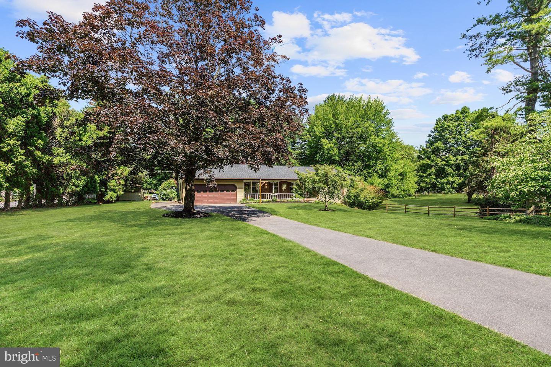 Single Family Homes para Venda às Glenwood, Maryland 21738 Estados Unidos