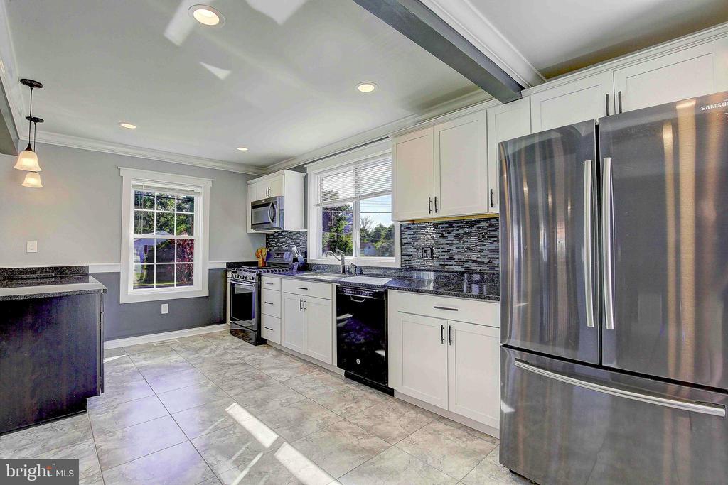 Kitchen - 10351 SCAGGSVILLE RD, LAUREL