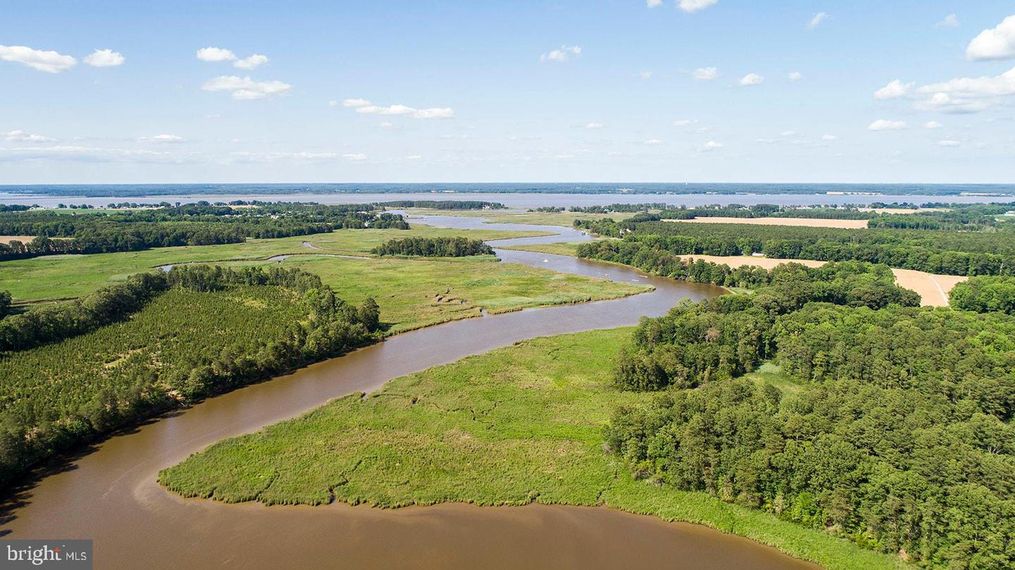 Land for Sale at Tappahannock, Virginia 22560 United States