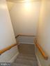 Basement stairway viewed from entry hallway - 43114 LLEWELLYN CT, LEESBURG