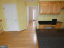 Breakfast area view towards entry hallway - 43114 LLEWELLYN CT, LEESBURG