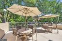 Community pool deck & lounge area - 1300 ARMY NAVY DR #225, ARLINGTON