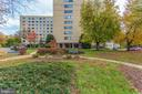 River Towers provides many amenities including - 6621 WAKEFIELD DR #620, ALEXANDRIA