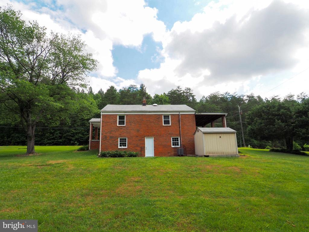 Rear of the home - 1693 GARRISONVILLE RD, STAFFORD