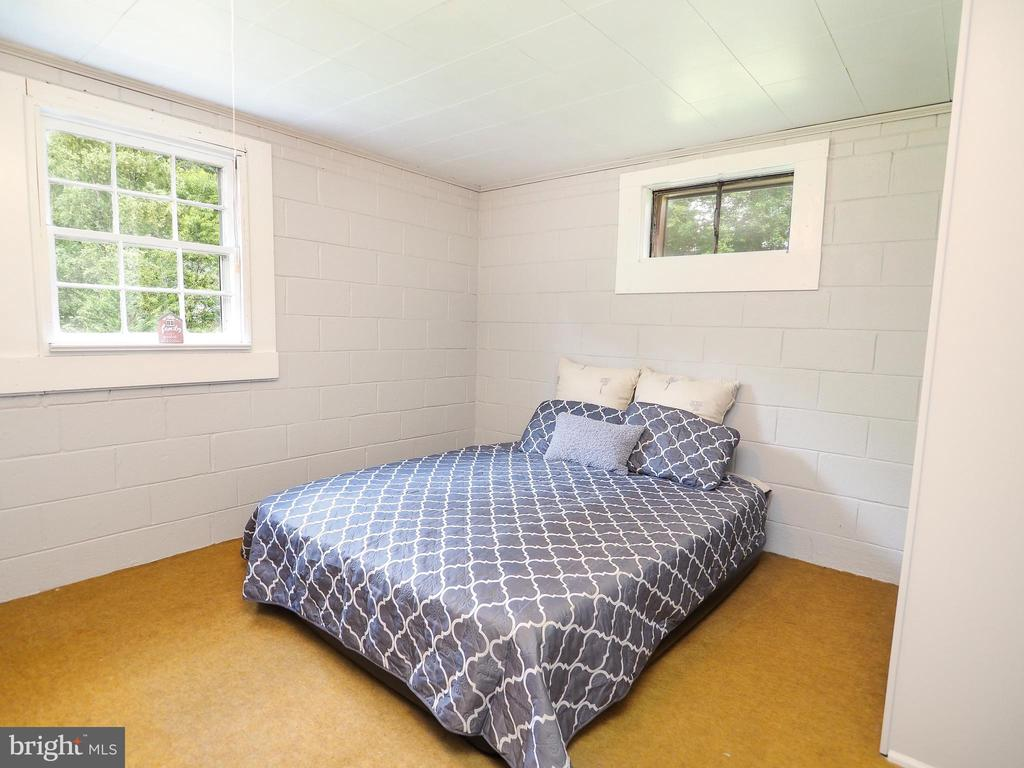 Bedroom #3 on the lower level - 1693 GARRISONVILLE RD, STAFFORD