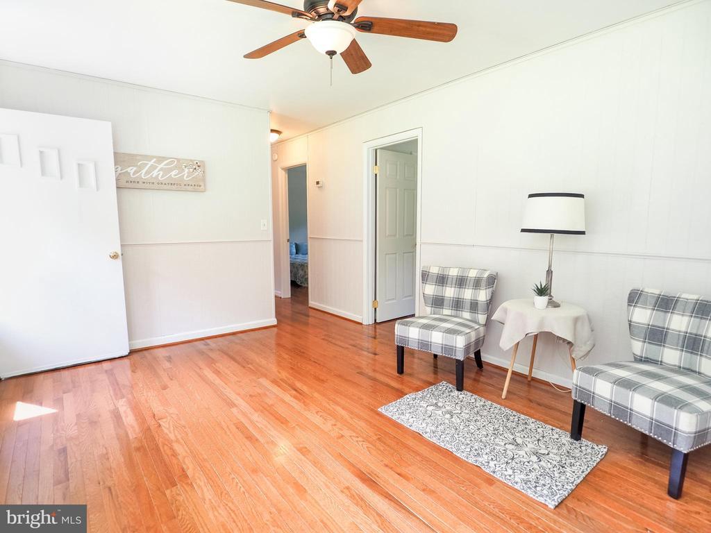 Family room - 1693 GARRISONVILLE RD, STAFFORD