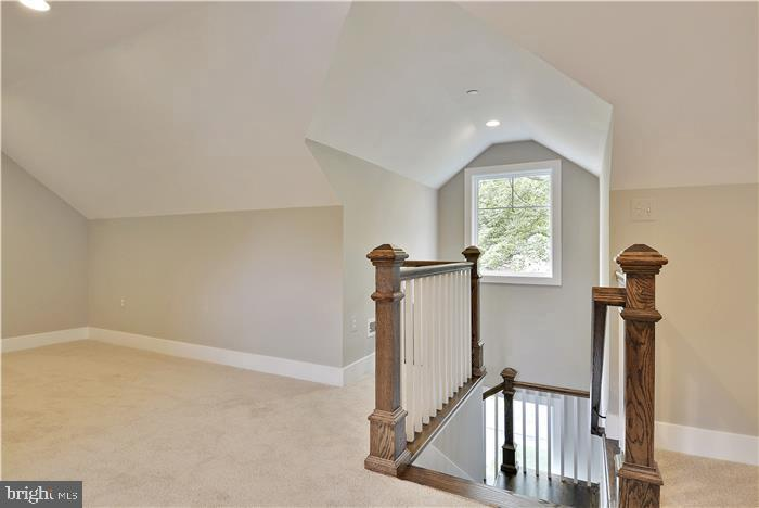 5TH BEDROOM/UPPER LEVEL - 5606 FOREST PL, BETHESDA