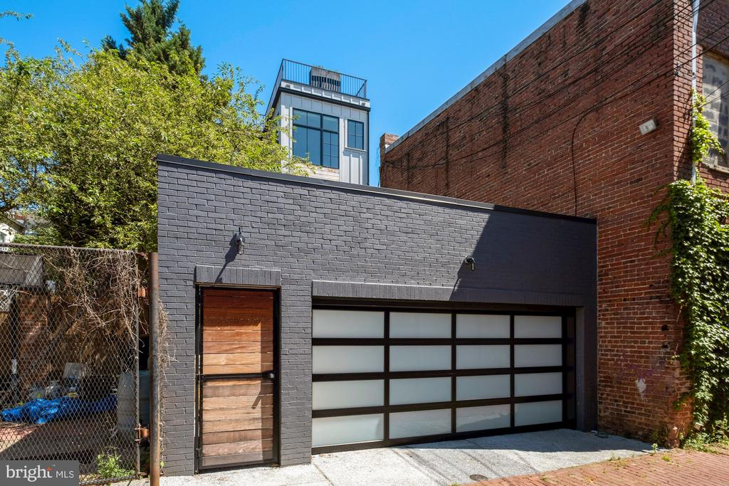 Private and secure parking - 928 O ST NW #3, WASHINGTON