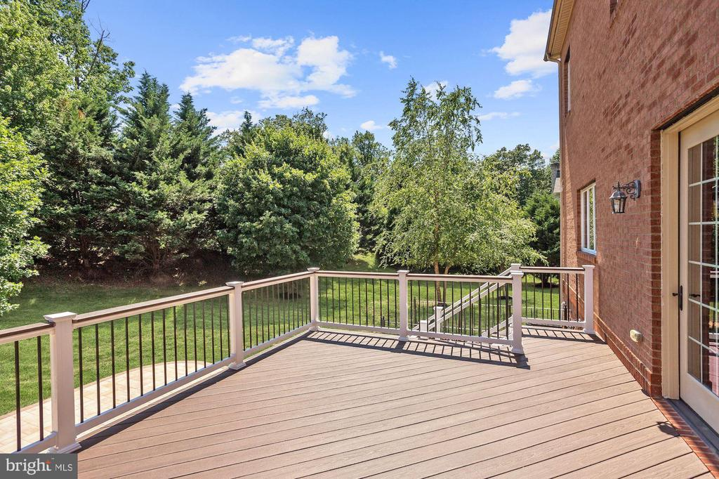 Landscaped Grounds - 11227 INDEPENDENCE WAY, ELLICOTT CITY
