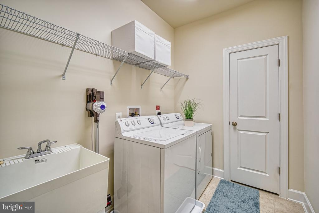 Laundry Room Conveniently Located on Bedroom Level - 42298 ASHMEAD TER, BRAMBLETON