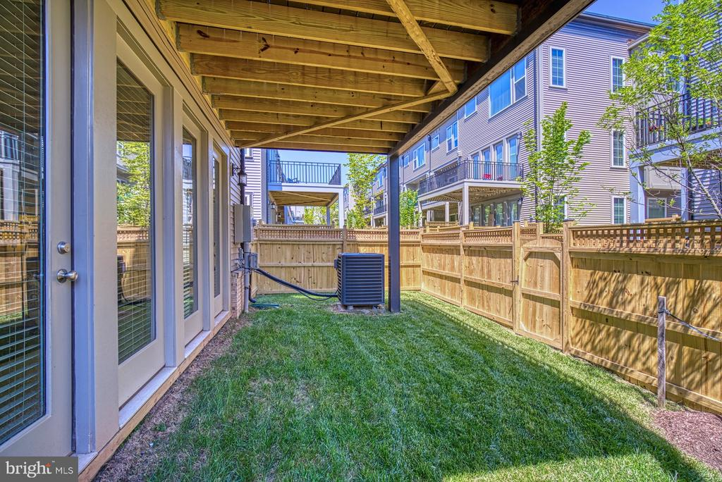 Backyard is Fully Fenced - 42298 ASHMEAD TER, BRAMBLETON