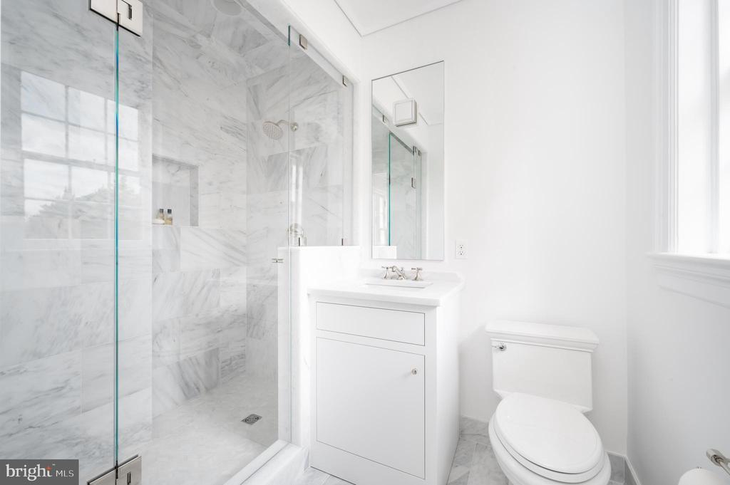 Second Bath - 2302 KALORAMA RD NW, WASHINGTON