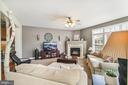 Family room with gas fire place - 19072 CRIMSON CLOVER TER, LEESBURG