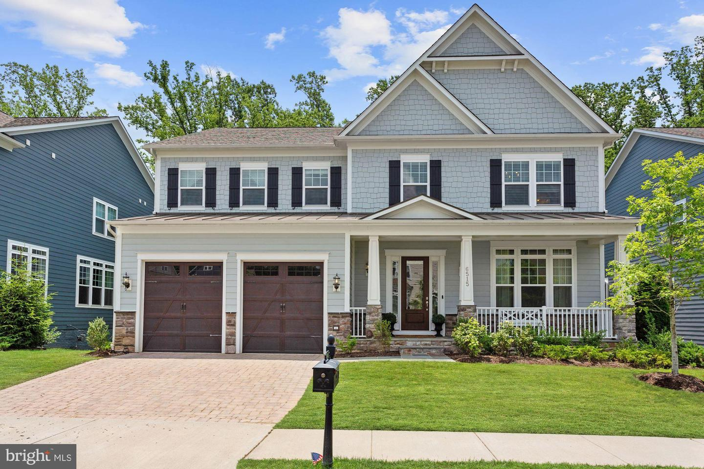 Single Family Homes por un Venta en Falls Church, Virginia 22043 Estados Unidos