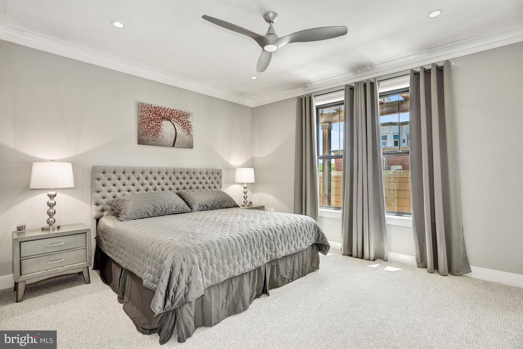Master Bedroom Suite - 43567 MICHIGAN SQ, LEESBURG