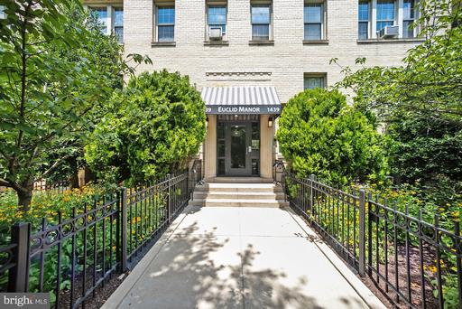 1439 EUCLID ST NW #204