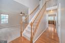 Welcoming wood foyer - 6 BRANTFORD DR, STAFFORD