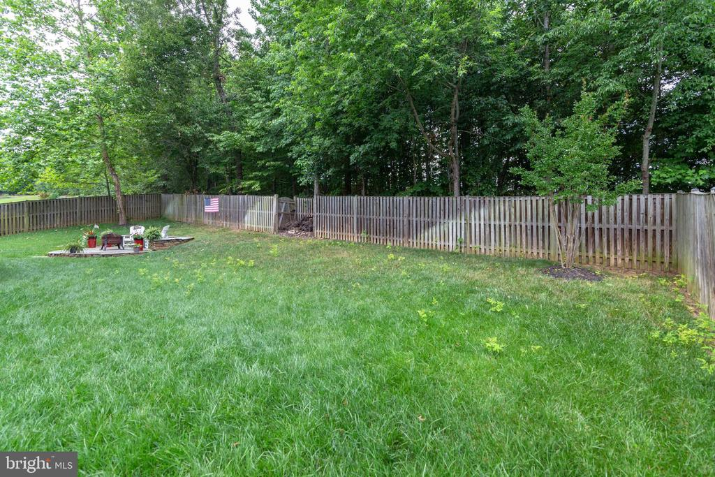 Backyard Fenced In - 3717 STONEWALL MANOR DR, TRIANGLE