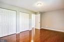1st Bedroom w Premium hardwood floor - 14371 SAGUARO PL, CENTREVILLE