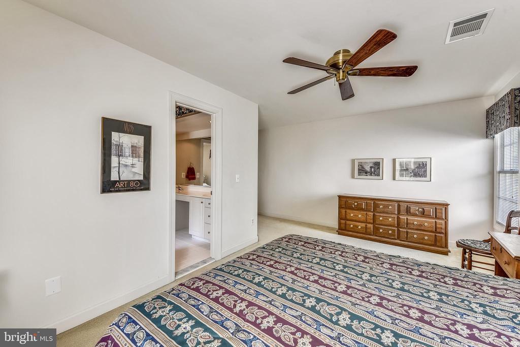 Bedroom #3 - 20810 AMBERVIEW CT, ASHBURN