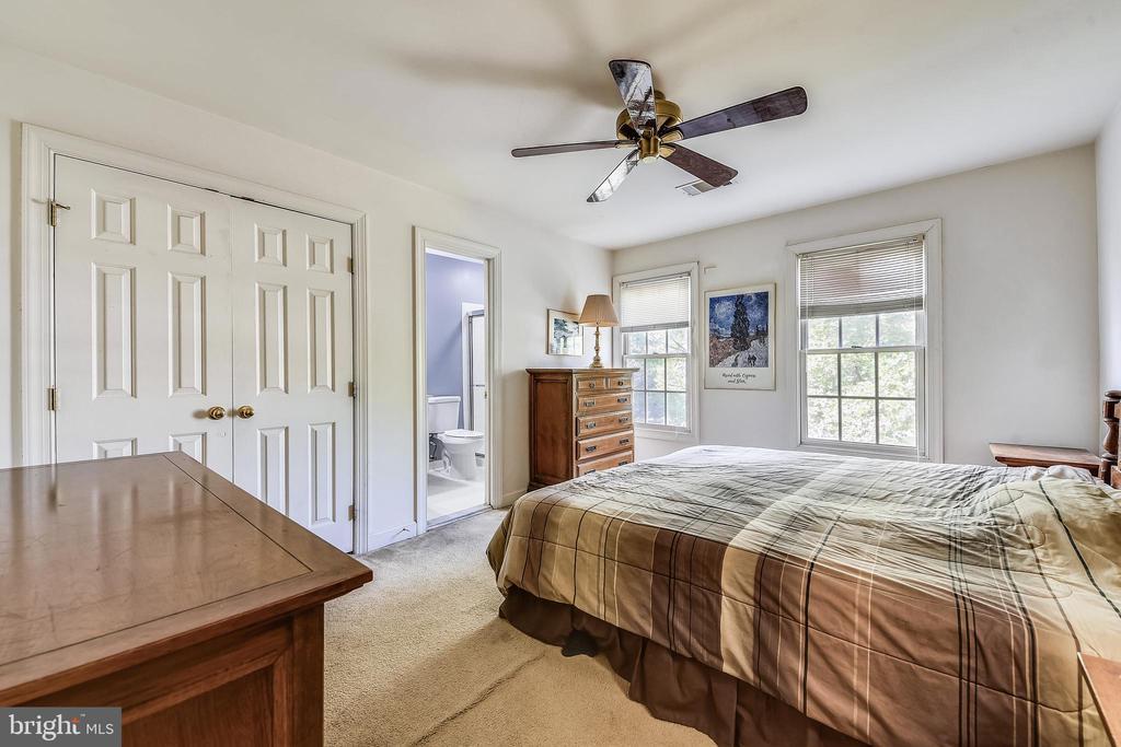 Bedroom #4 - 20810 AMBERVIEW CT, ASHBURN