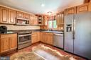 New granite counter wounter depth GE refrigerator! - 13533 CATOCTIN HOLLOW RD, THURMONT