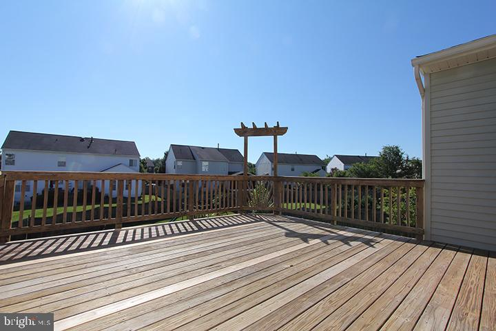 Deck-alt view - 118 CLAUDE CT SE, LEESBURG