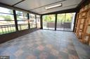 Sunroom with tile floor - 404 GREEAR PL, HERNDON