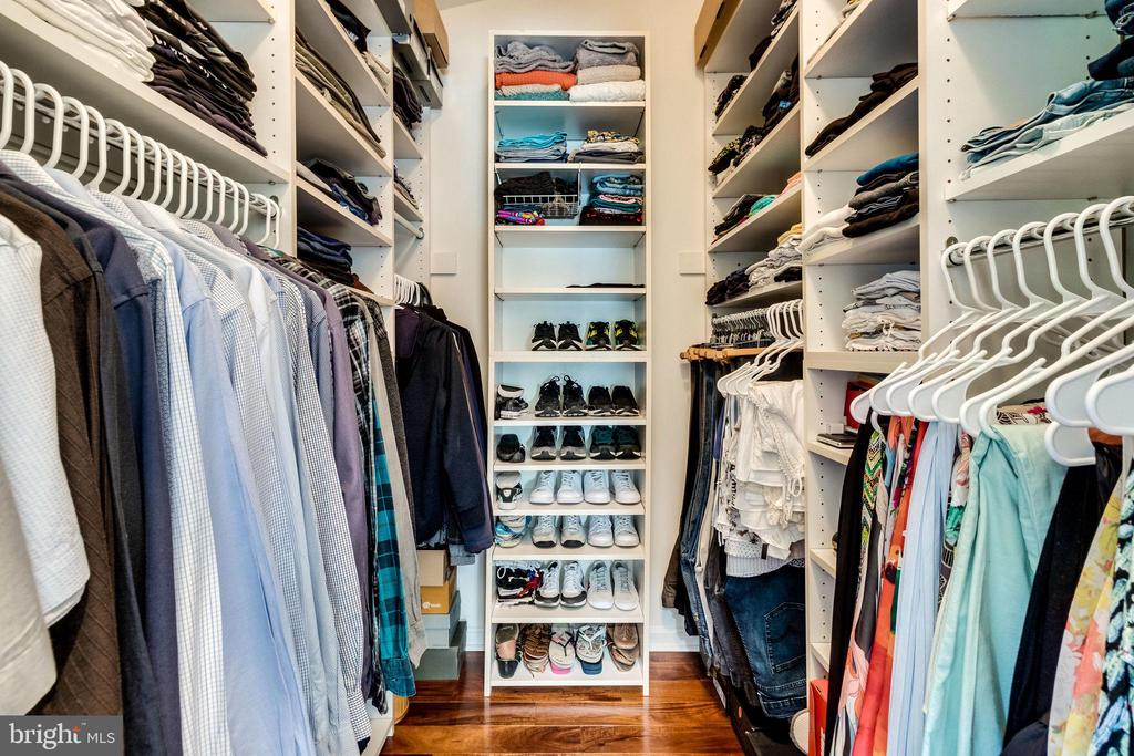 Master Walk-In Closet - 624-A N TAZEWELL ST, ARLINGTON