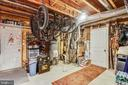 Utility room has access to the garage - 9704 WOODFIELD CT, NEW MARKET
