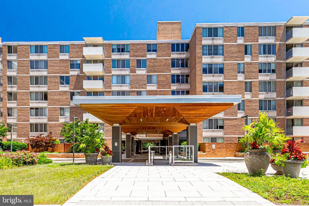 Exclusive Van Ness East Condominium - 2939 VAN NESS ST NW #1017, WASHINGTON