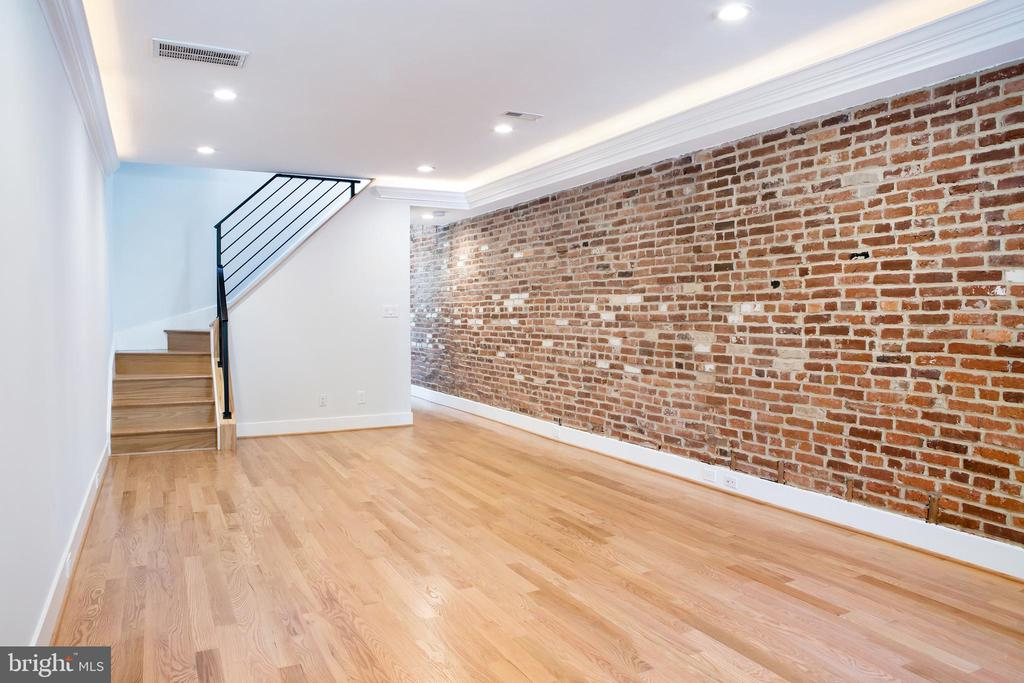 Front Living Room Expoised Brick, Recessed lights - 521 11TH ST SE, WASHINGTON