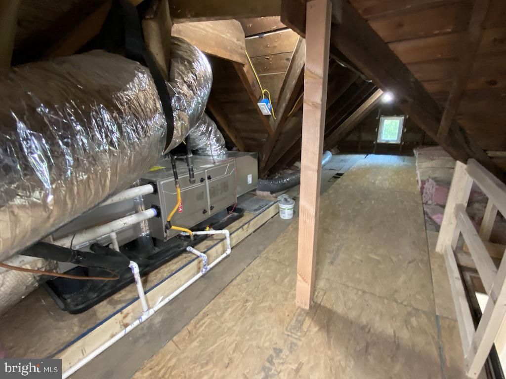 Attic Space - 9000 2ND AVE, SILVER SPRING