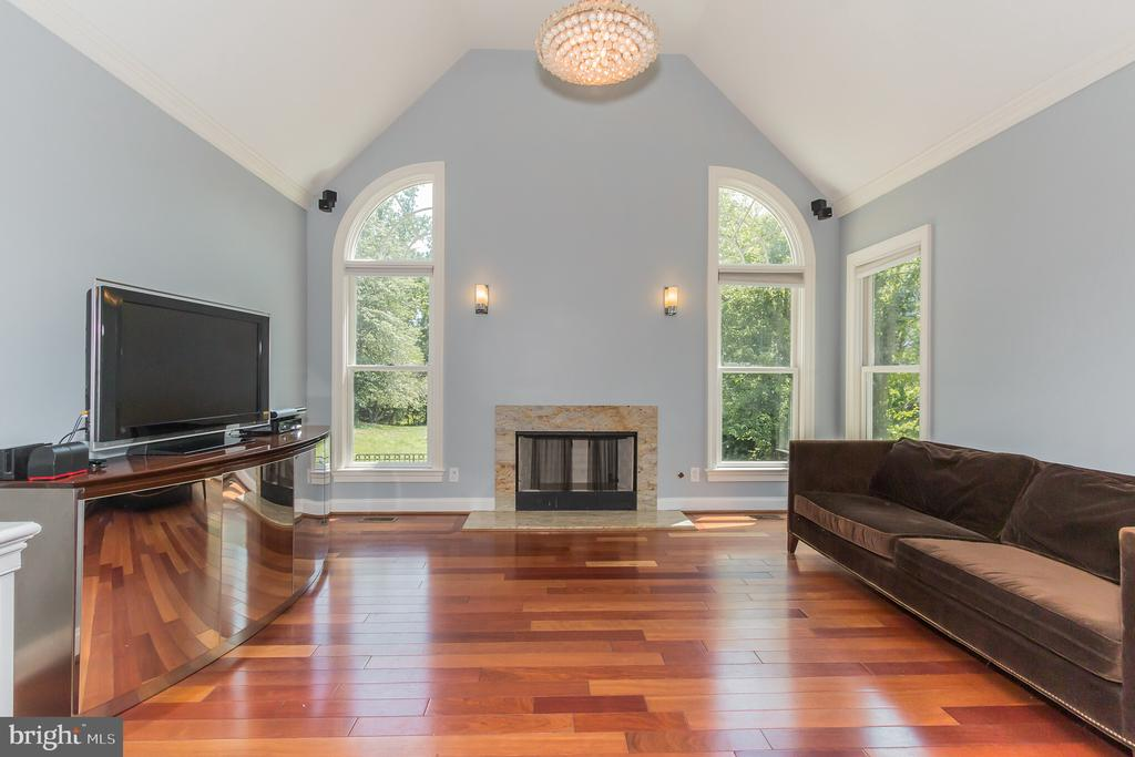 Morning Room off of Kitchen - 4633 HOLLY AVE, FAIRFAX