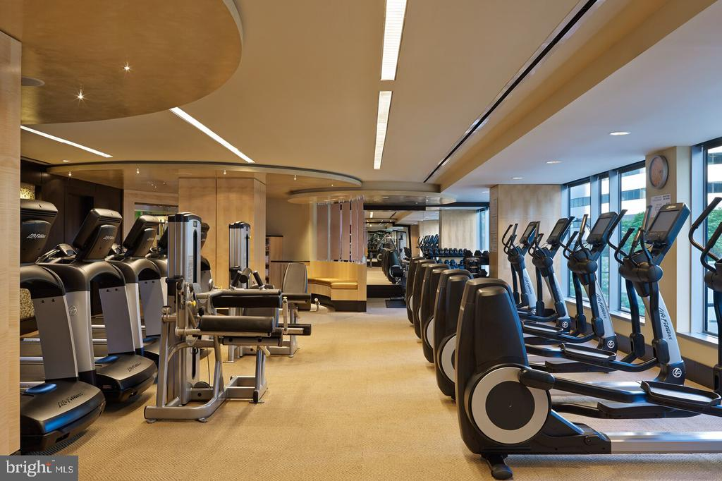 Access to the hotel's gym - 1111 19TH ST N #2606, ARLINGTON