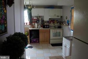 Lower Level Unit Kitchen - 1215 SUNRISE CT, HERNDON