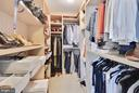 Dream closet!! - 2001 15TH ST N #1104, ARLINGTON