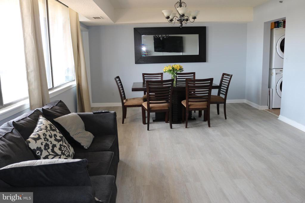Spacious Dining Room leads out to Balcony - 3709 S GEORGE MASON DR #210, FALLS CHURCH