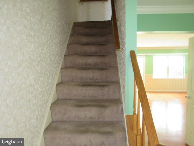 Staircase to 2nd floor - 436 TERRY CT #B2, FREDERICK