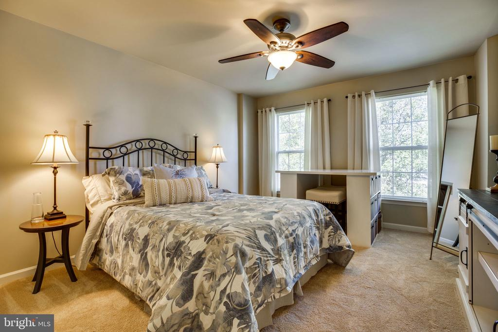 Bedroom 2 - 26062 SARAZEN DR, CHANTILLY