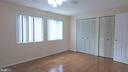- 208 GILES PL, STERLING