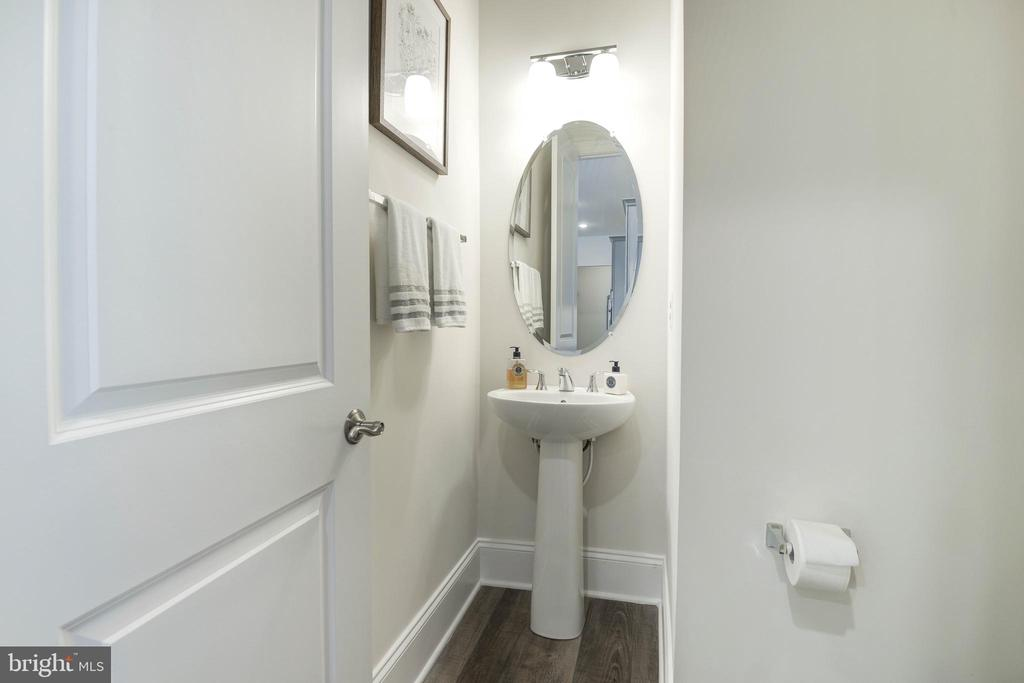 Main Floor Powder Room - 1057 MARMION DR, HERNDON